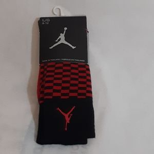 NWT Jordan Jumpman Red Black Check Socks